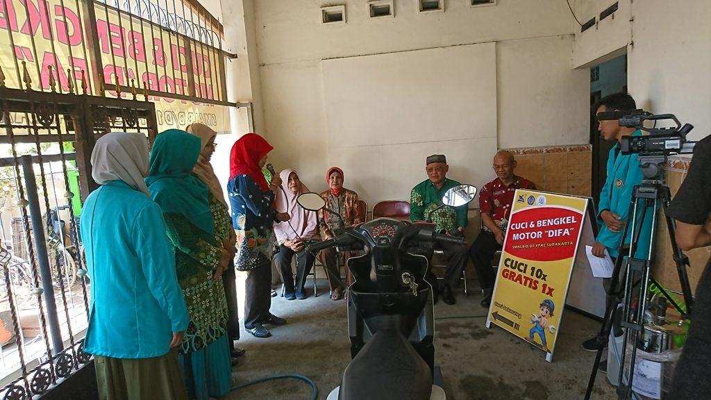 Tim Pkm Ums Latih Abk Di Ypac Tentang Usaha Cuci Motor Timlo Net