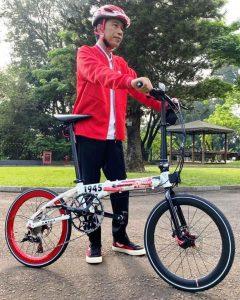 Jokowi Punya Sepeda Mirip Brompton Buatan Lokal Edisi